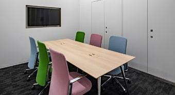 会議室6A(6名用)
