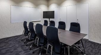 会議室8A(8名用)