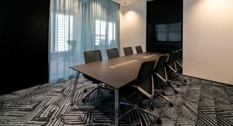 会議室B(8名用)