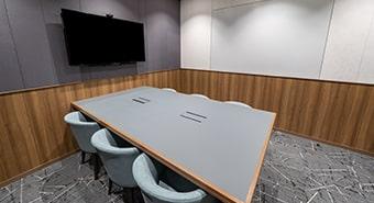 会議室1A(6名用)