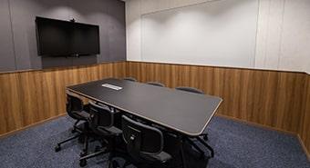 会議室2A(6名用)